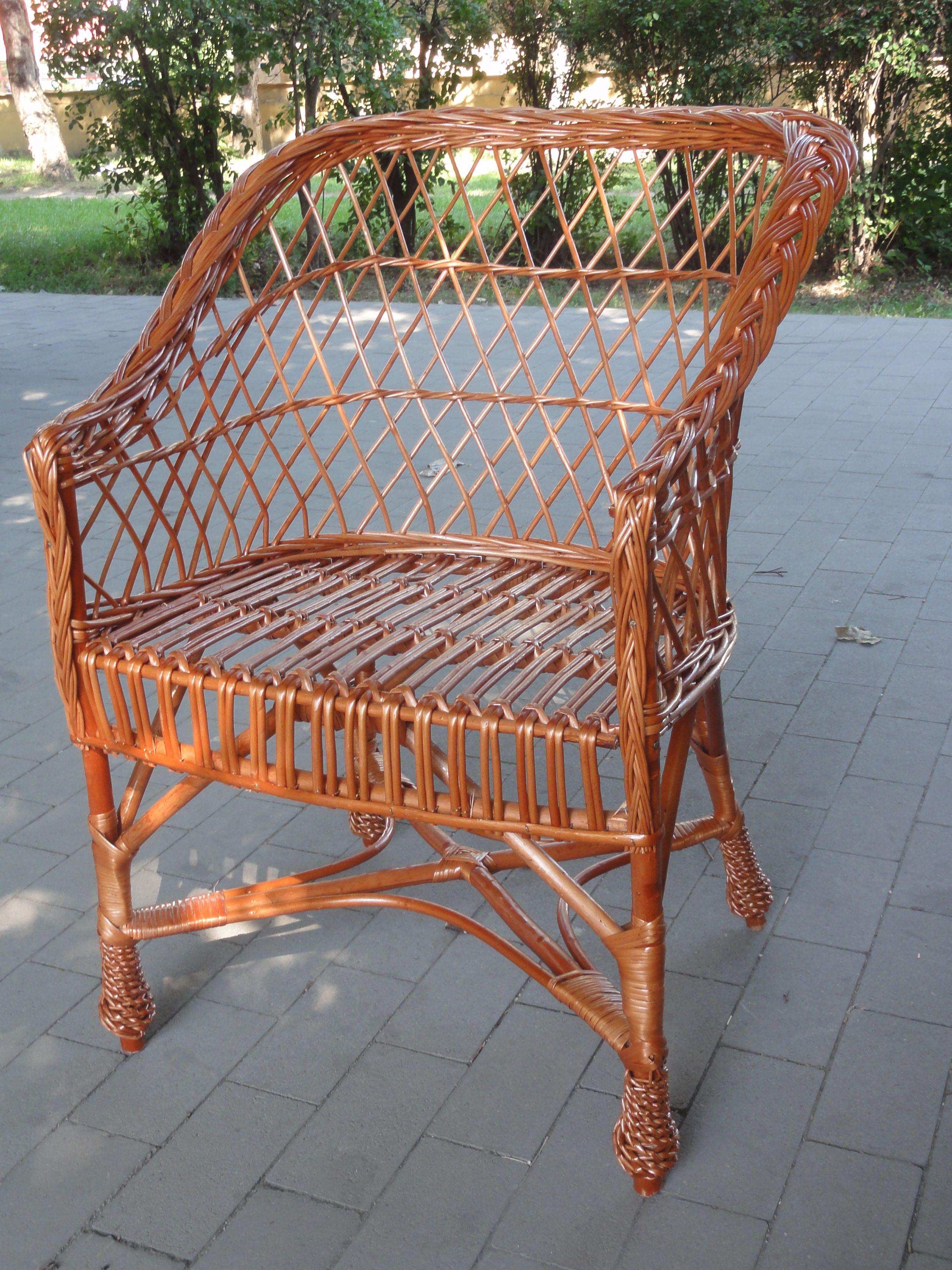 fotel z wikliny